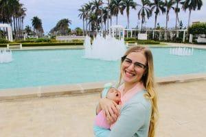 Kate Tekurio blogs at kateable.com