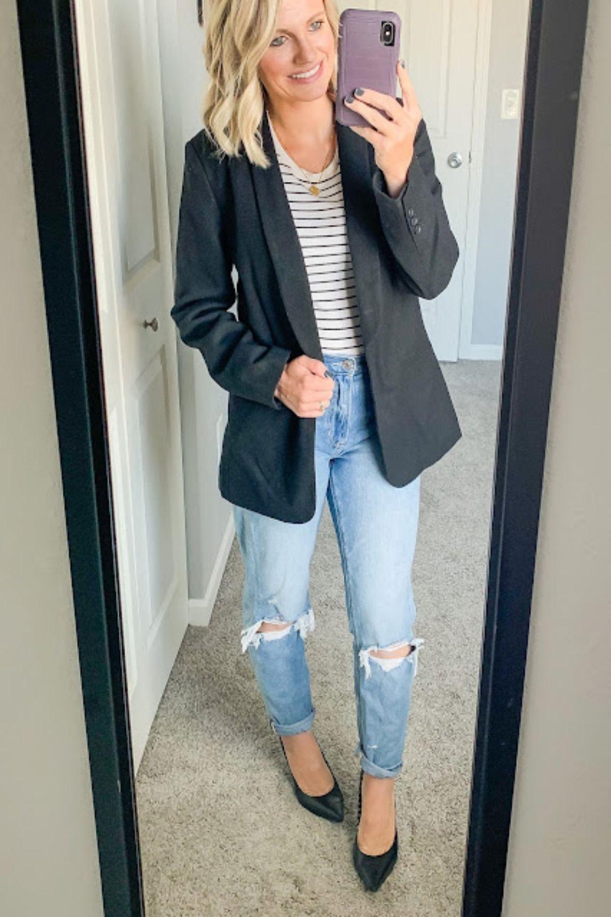 putting a blazer with mom jeans