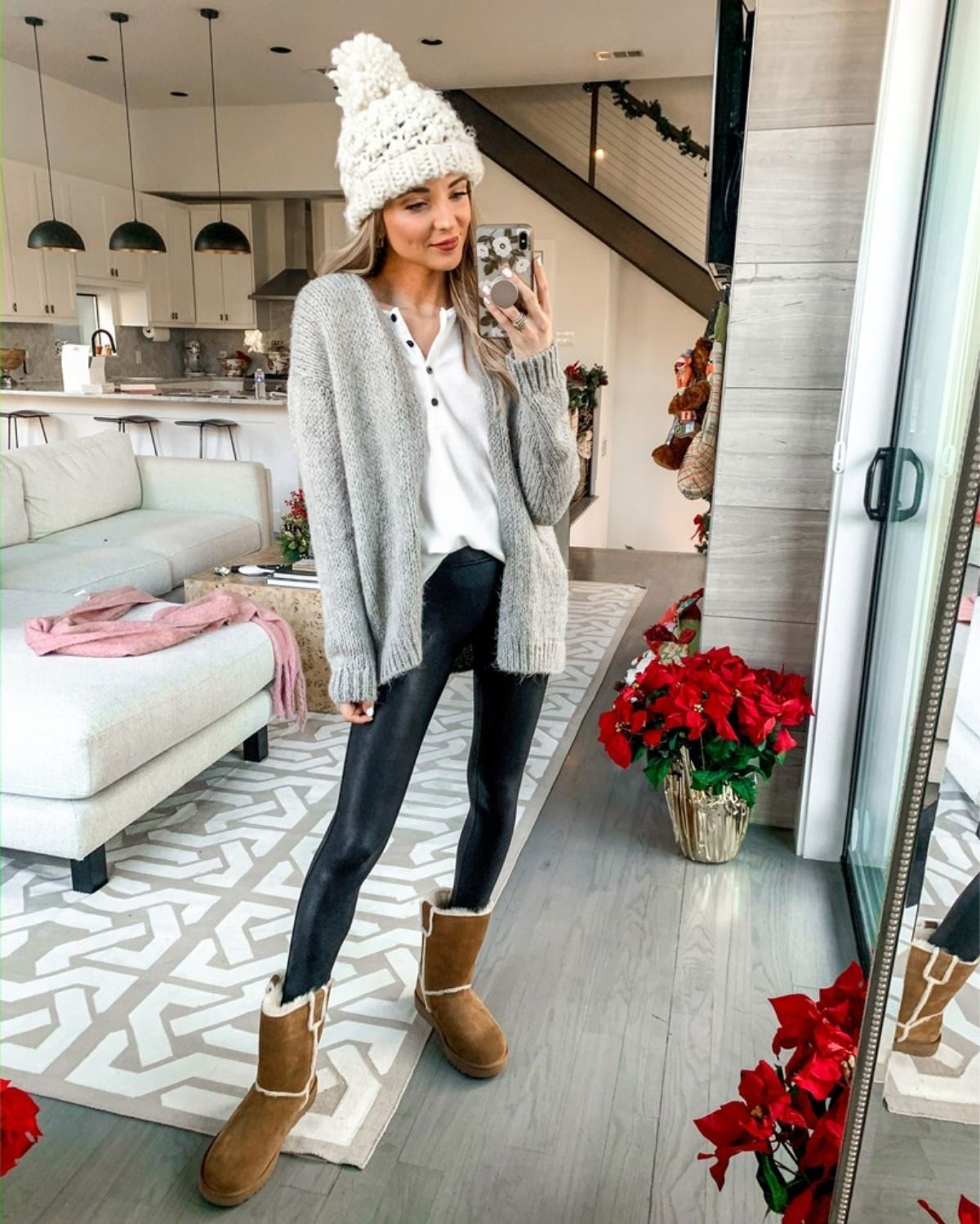 wear cardigan with leather leggings