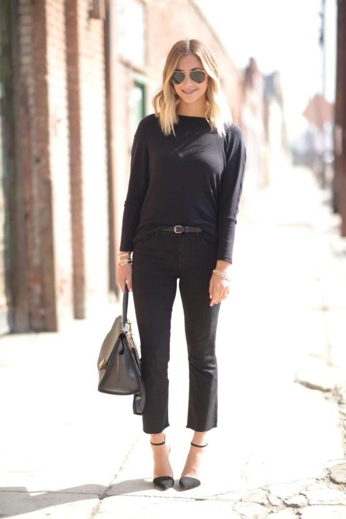 all black cropped flare jeans outfit